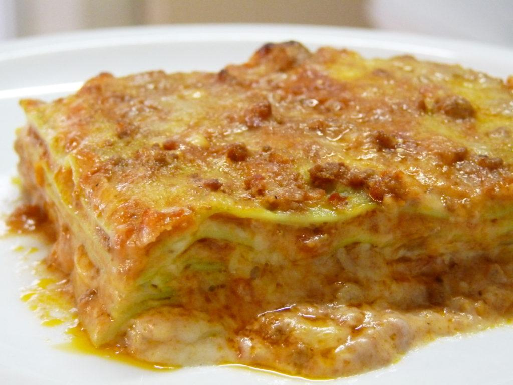 Lasagne al forno ai funghi porcini e farina di spinaci