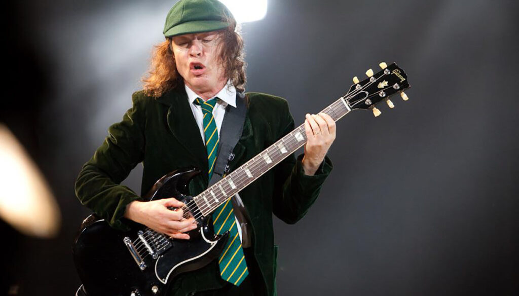AC/DC, parla Angus Young