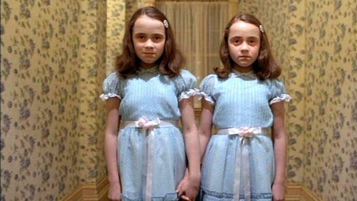 Ecco come sono oggi le gemelle di Shining